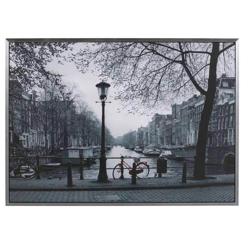 Over de hele wereld dezelfde IKEA Vilshult foto van Amsterdam - CoachSander.nl